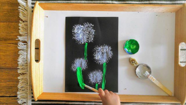 Pusteblumenbild – Drucken mit trockenen Distelblüten