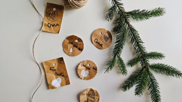 DIY Geschenkanhänger aus Getränkekarton