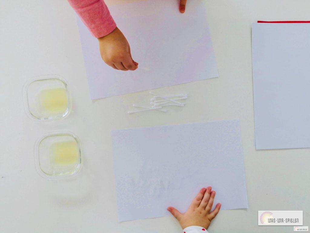malen mit Zitronensaft eine nachhaltige Geheimschrift