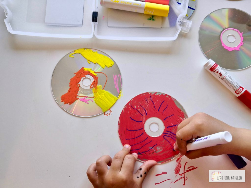 Jüngere Kinder können wild drauf los malen