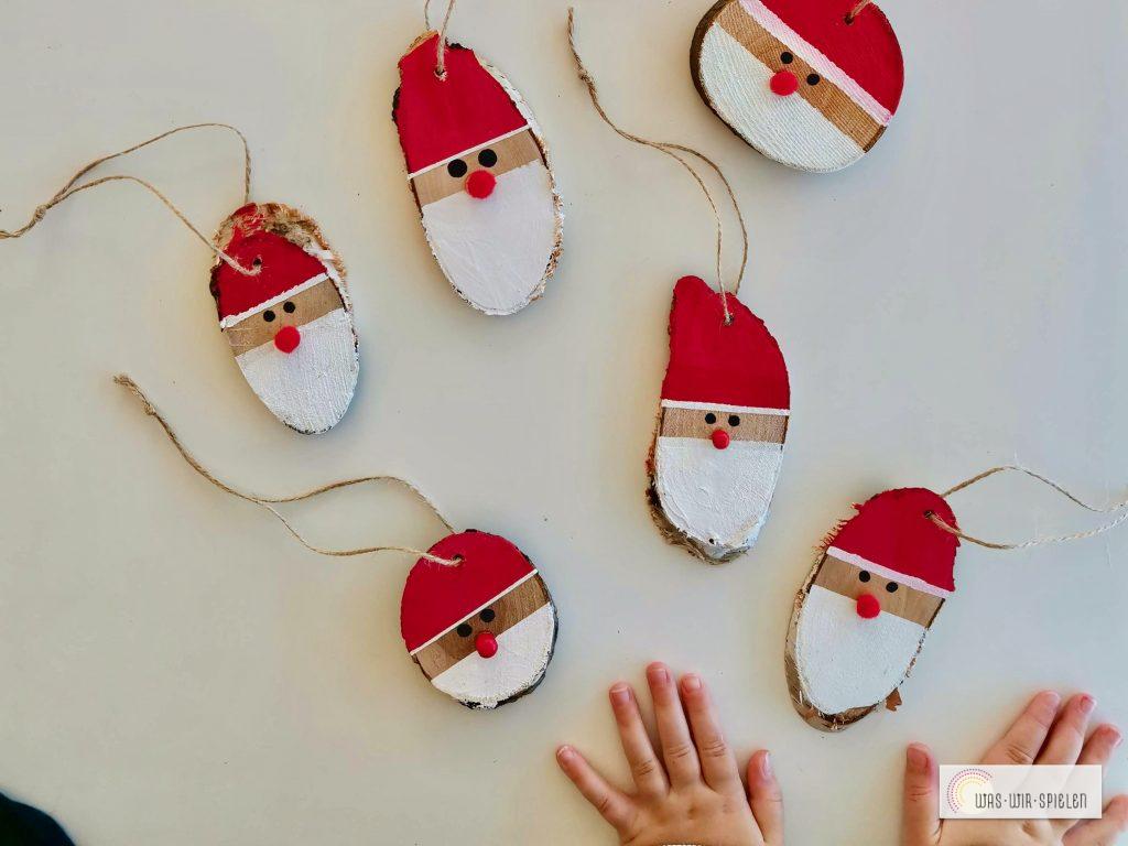 Die fertigen Weihnachtsmänner