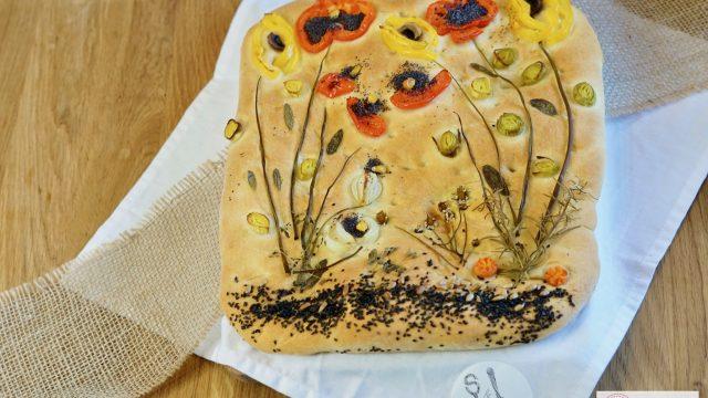 Focaccia mit Blumen – Kreativ kochen mit Kindern